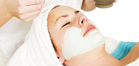 Die figura beauty Premium-Behandlung – Wellness und medizinische Wirkstoffe, die unter die Haut gehen
